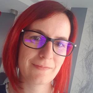 Caroline Meyer, professeure d'HG-EMC et inverseuse bienveillante dans l'académie de Dijon